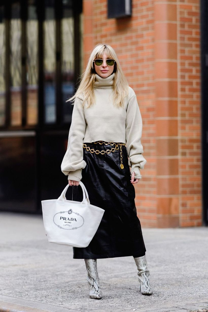 Cute-over-knit-sweater-and-black-skirt