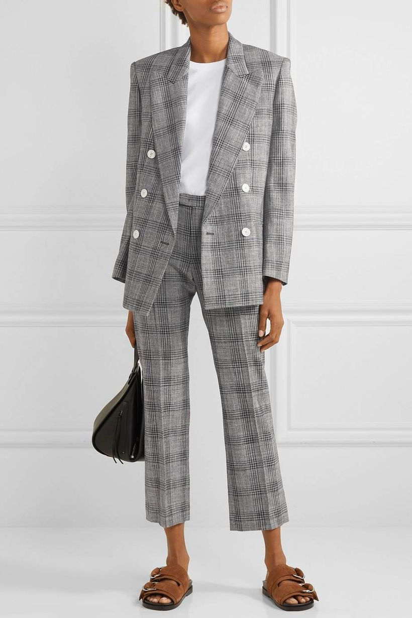Casual-plaid-blazer-with-white-shirt-inside