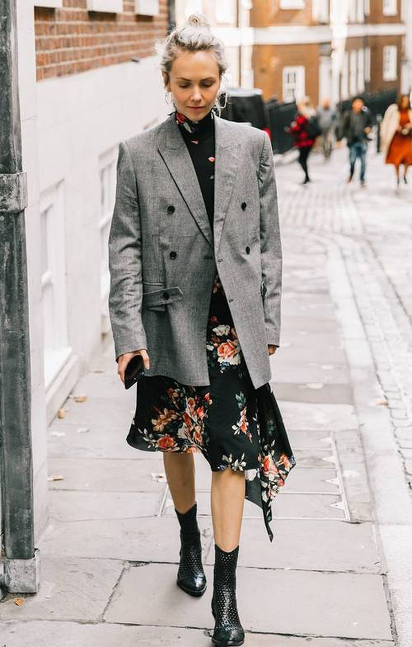 Chic-dress-and-grey-blazer