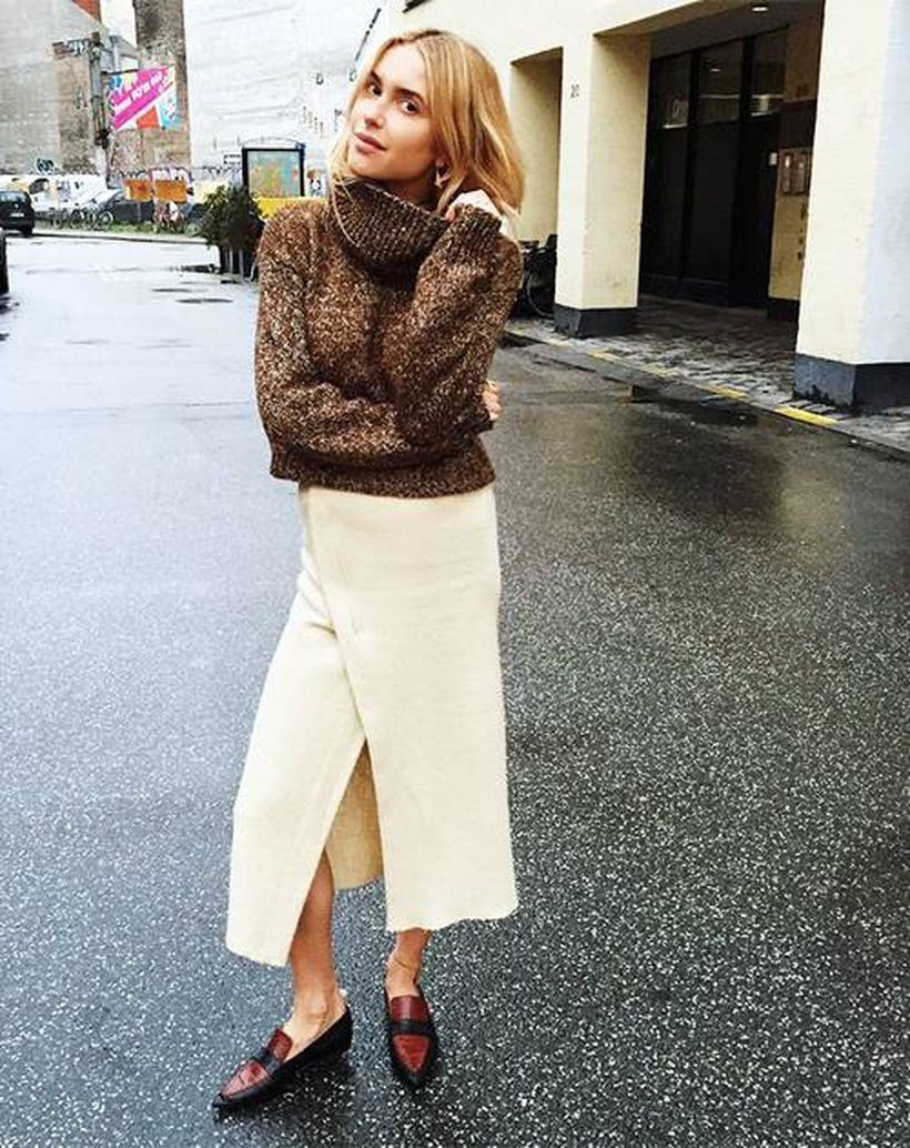 Brown-thick-sweater-and-elegant-beige-skirt