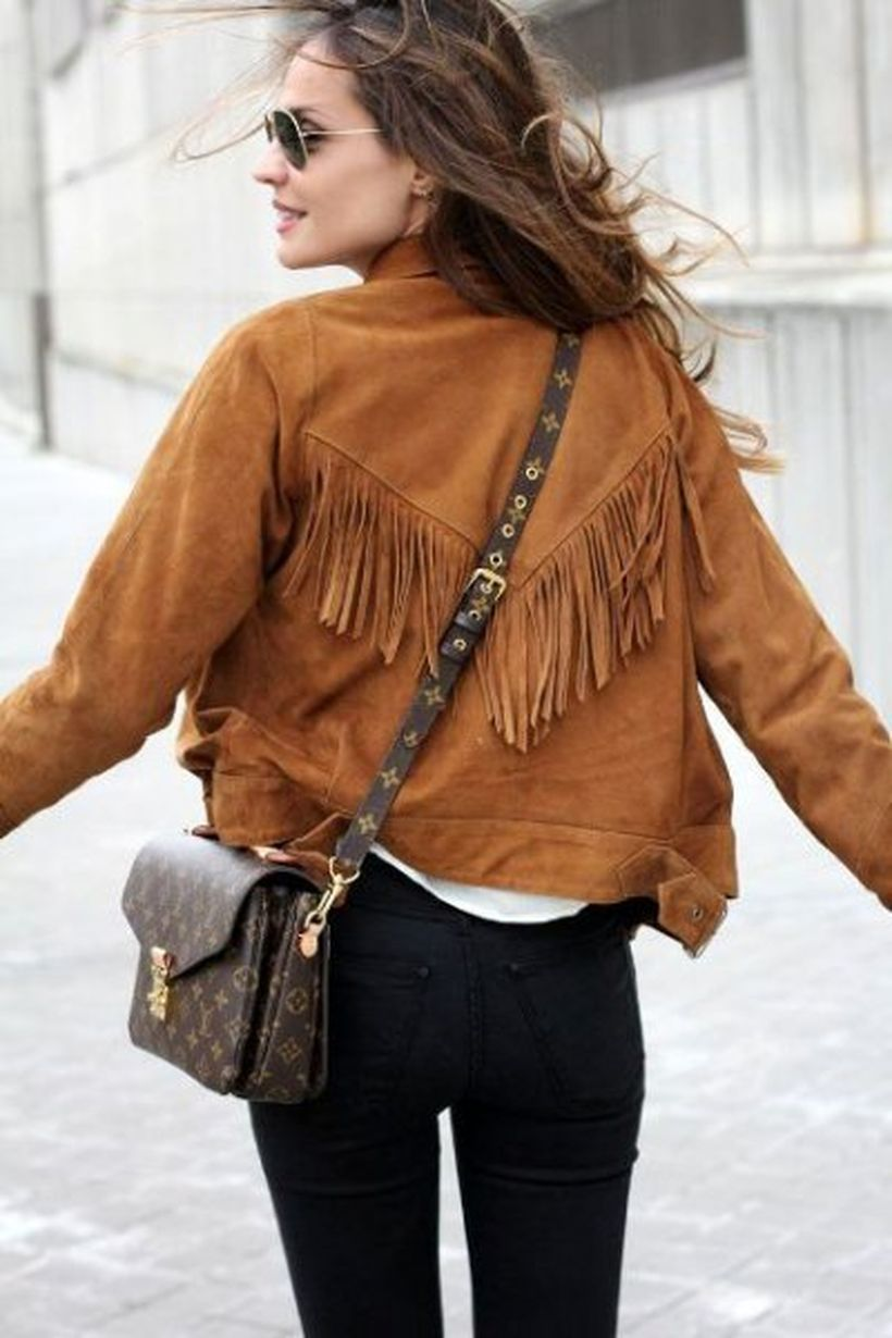 Brown-fringe-suede-jacket-and-sling-bag