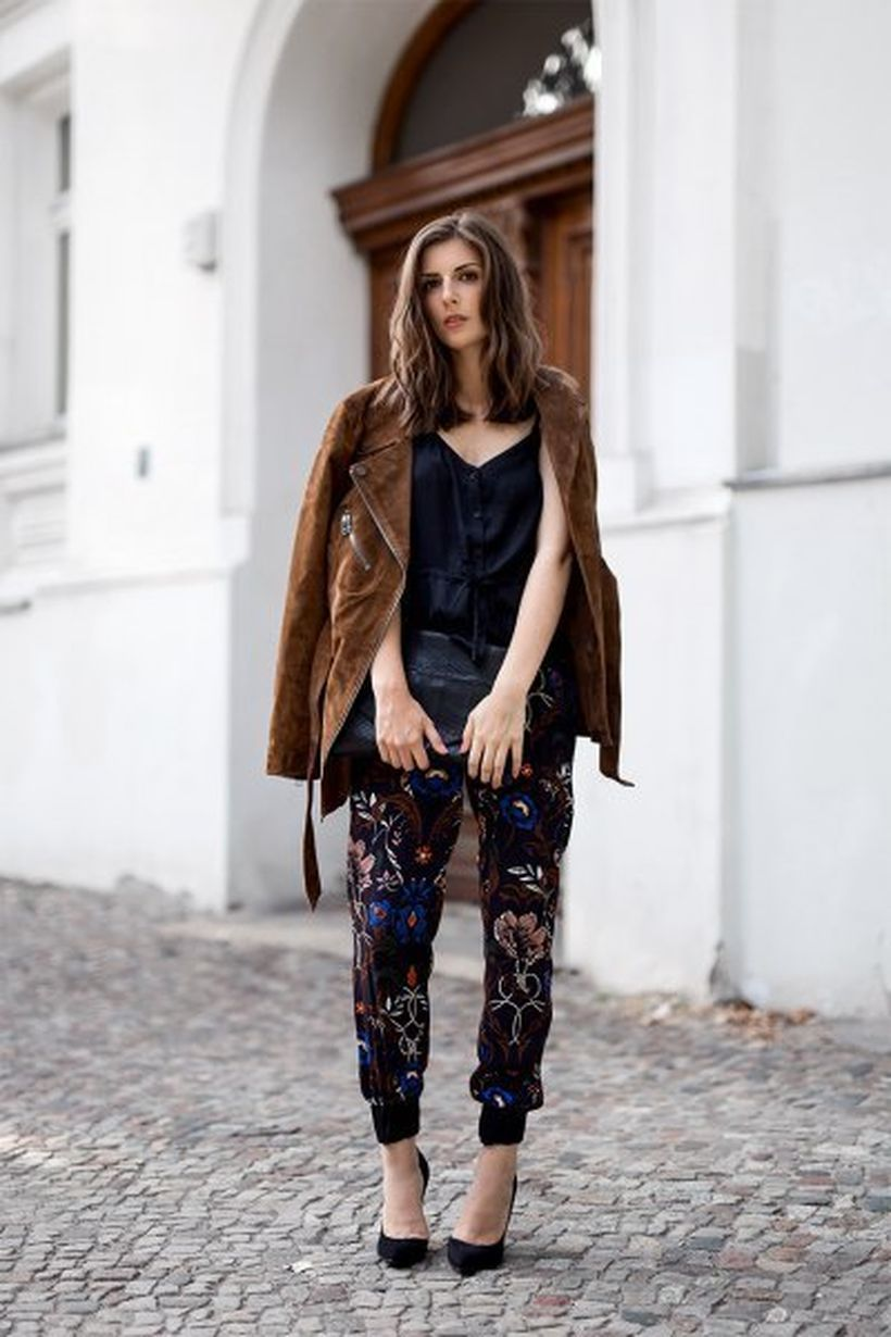 Cute-brown-oversize-suede-jacket-with-flower-jogger-pants