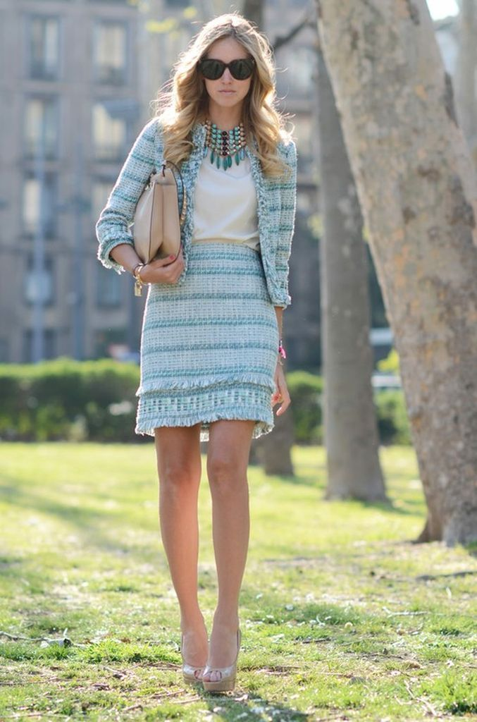An-awesome-women-outfit-ideas-with-light-blue-tweed-jacket-combined-with-a-skirt-to-update-your-style