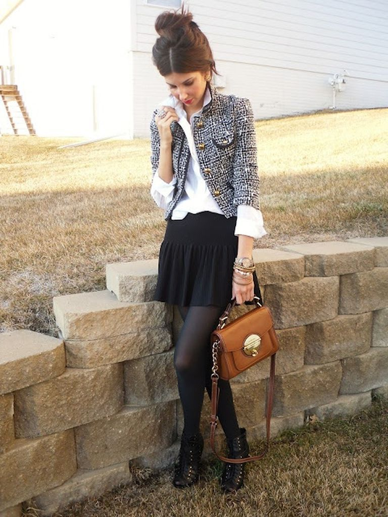 Perfect-casual-women-outfit-ideas-with-chic-tweed-jacket-combined-with-a-black-skirt-to-beautify-your-style-at-this-moment