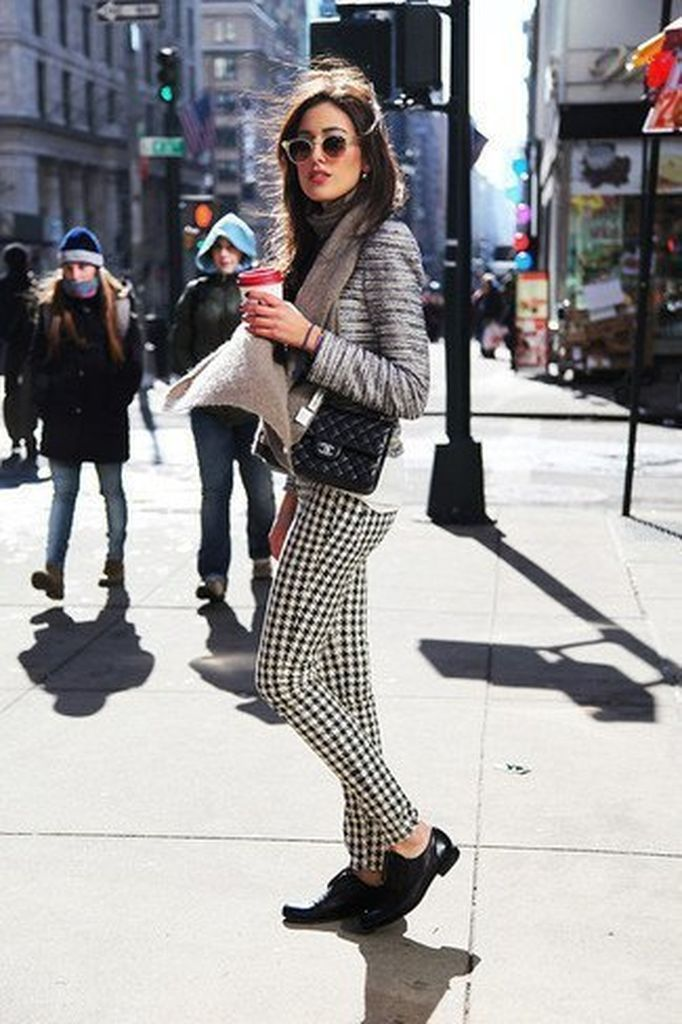 Casual outfit for women with tweed jacket combined with plaid pants to update your style at this moment