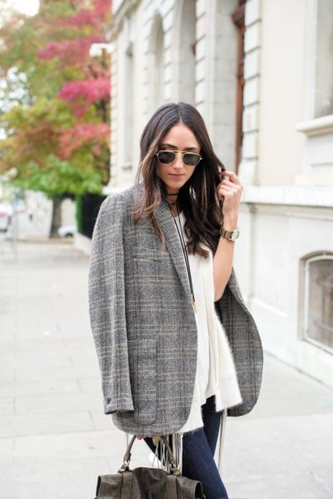 Simple outfit for women with oversized tweed jacket over white cardigan & skinny jeans to update your style in this moment