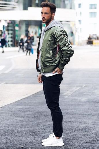 10 Ways To Rock A Zip Up Hoodie And Still Look Cool