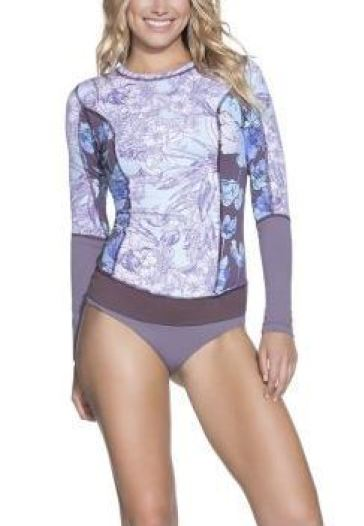 Take a look at these bathing suits for athletic body types!