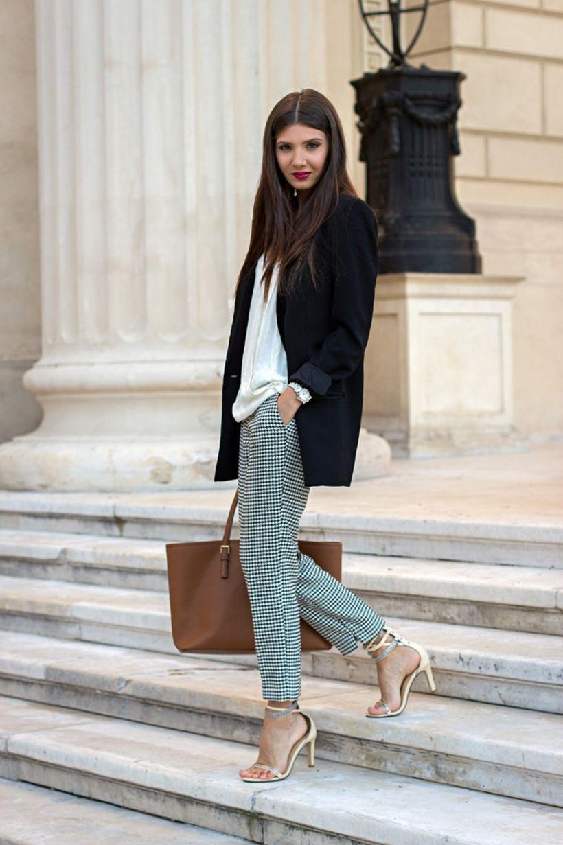 Black-blazer-with-gold-high-heels.
