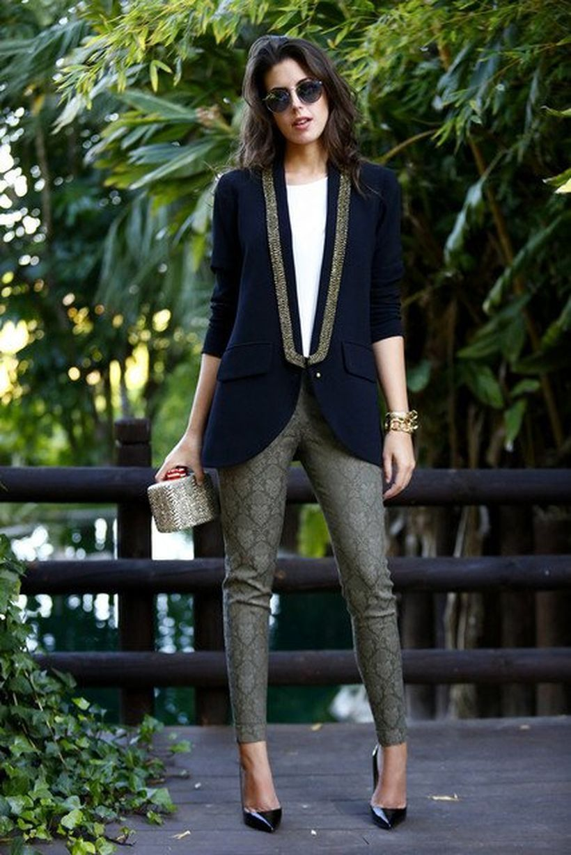 Black-classic-blazer-with-patterned-trousers.