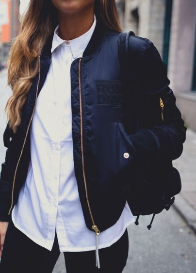 Trendy bomber jacket outfits for any season!