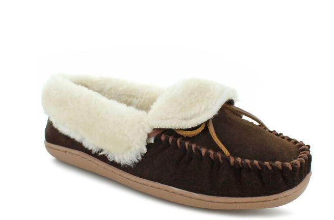 *10 Shoes For College You Need To Be Wearing